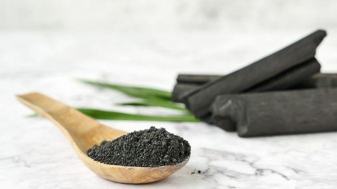 kegunaan charcoal untuk mengatasi wajah kusam dan jerawat